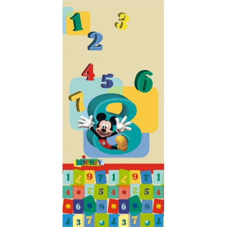 Fototapet usa Mickey Mouse si cifrele