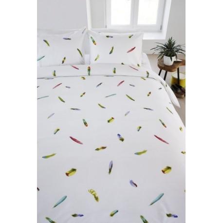 Lenjerie de pat alba cu pene colorate