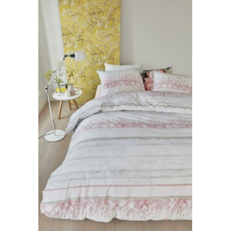 Lenjerie de pat cu flori de camp roz